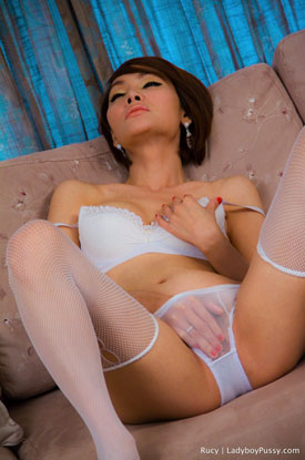 t rucy lbpussy 01 Post Op Transsexual Rucy Rubs Herself On Ladyboy Pussy!