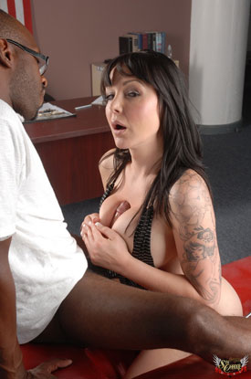 t danielle foxxx beast 02 Danielle Foxxx Gets Her Pussy Stretched By Big Black Cock!