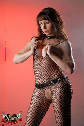 t danielle foxxx sex chains 01 Post Op Transsexual Danielle Foxxx Wrapped Up In Chains!