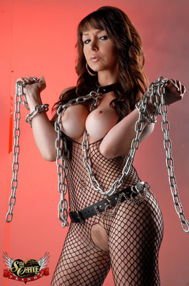 t danielle foxxx sex chains 02 Post Op Transsexual Danielle Foxxx Wrapped Up In Chains!