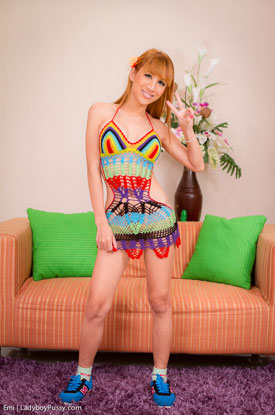 t post op ladyboy emi 01 Post Op Ladyboy Emi Is Colorful In Crochet On Ladyboy Pussy!